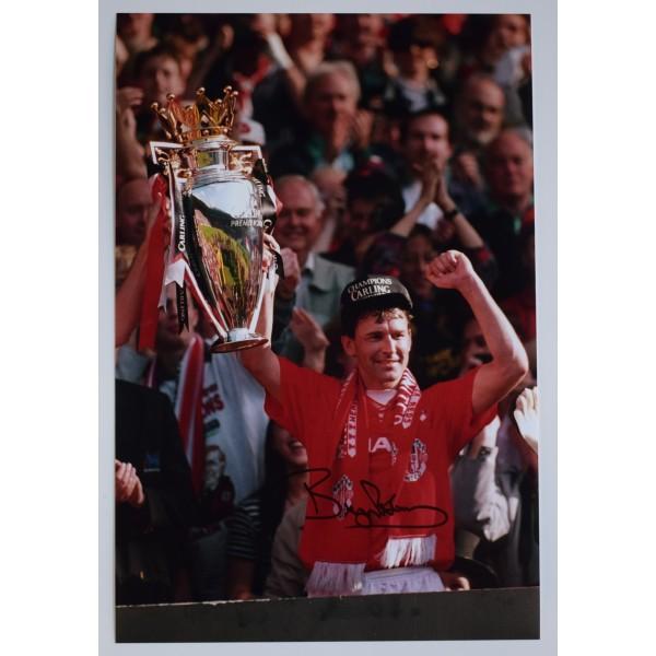 Bryan Robson Signed 12x8 Photo Autograph Manchester United Football AFTAL & COA Perfect Gift Memorabilia