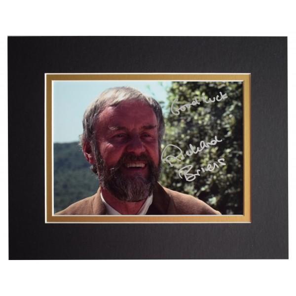 Richard Briers Signed Autograph 10x8 photo display The Good Life TV AFTAL COA Perfect Gift Memorabilia