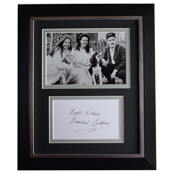 Bernard Cribbins Signed 10x8 Framed Autograph Photo Display The Railway Children Perfect Gift Memorabilia
