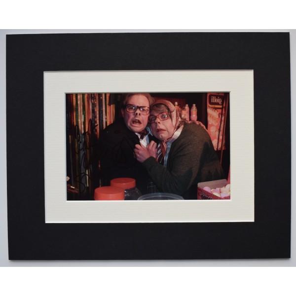 Reece Shearsmith Signed Autograph 10x8 photo display TV Inside No 9 AFTAL COA Perfect Gift Memorabilia