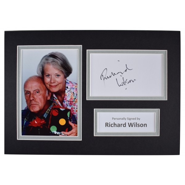 Richard Wilson Signed Autograph A4 photo display One Foot in the Grave AFTAL COA Perfect Gift Memorabilia