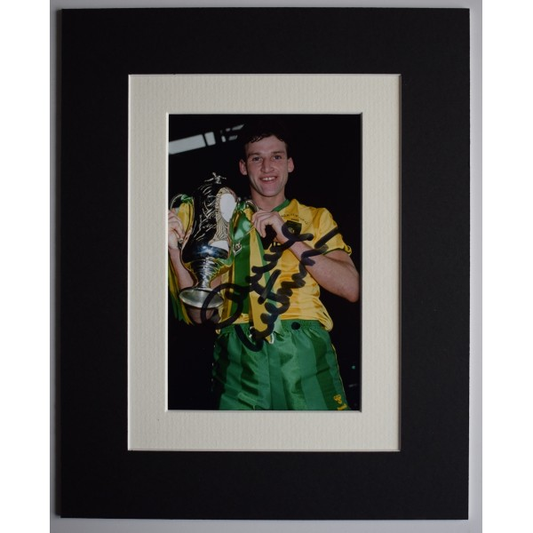 Dave Watson Signed Autograph 10x8 photo display Norwich City Football COA AFTAL Perfect Gift Memorabilia