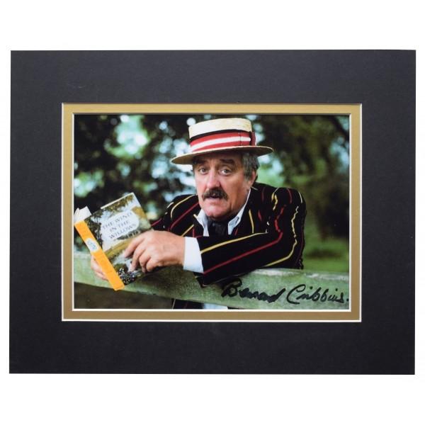 Bernard Cribbins Signed Autograph 10x8 photo display Wombles Jackanory TV COA Perfect Gift Memorabilia