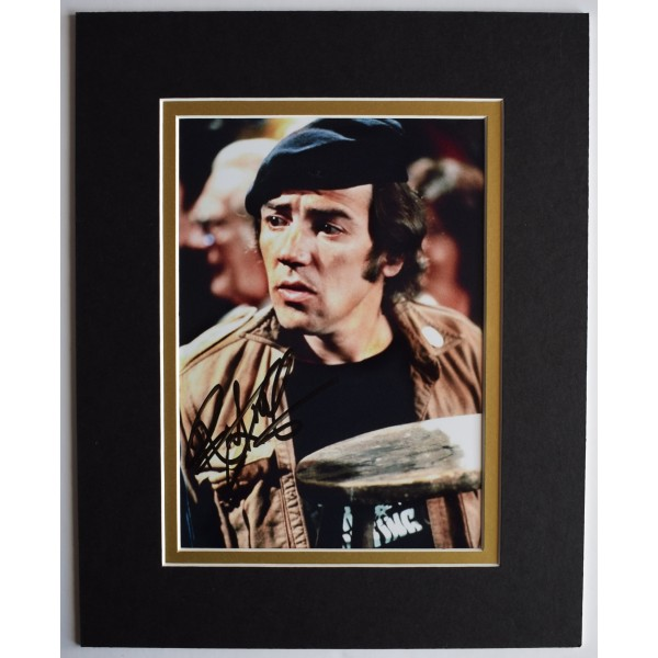 Robert Lindsay Signed Autograph 10x8 photo display Citizen Smith TV AFTAL COA Perfect Gift Memorabilia