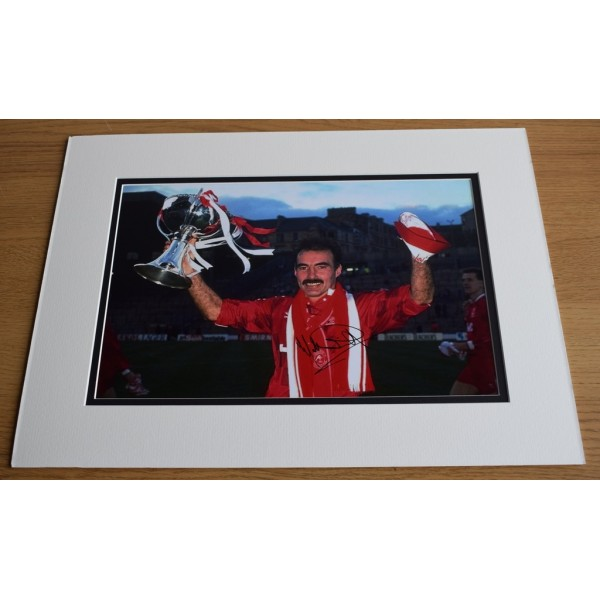 Willie Miller SIGNED autograph 16x12 LARGE photo display Aberdeen Football  AFTAL & COA Memorabilia PERFECT GIFT