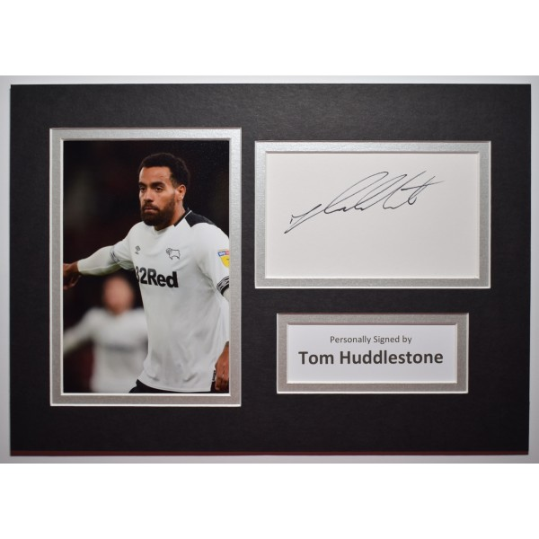 Tom Huddlestone Signed Autograph A4 photo Mount Display Derby County AFTAL COA Perfect Gift Memorabilia