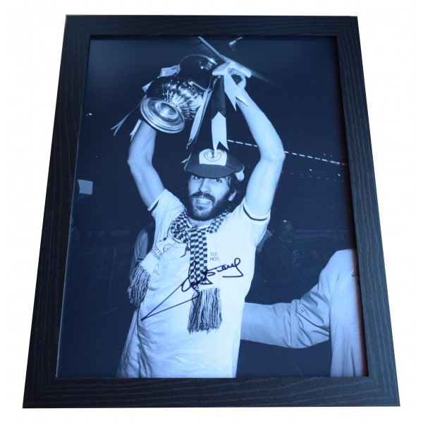 Ricky Villa Signed Autograph 16x12 framed photo display Tottenham Hotspur COA Perfect Gift Memorabilia