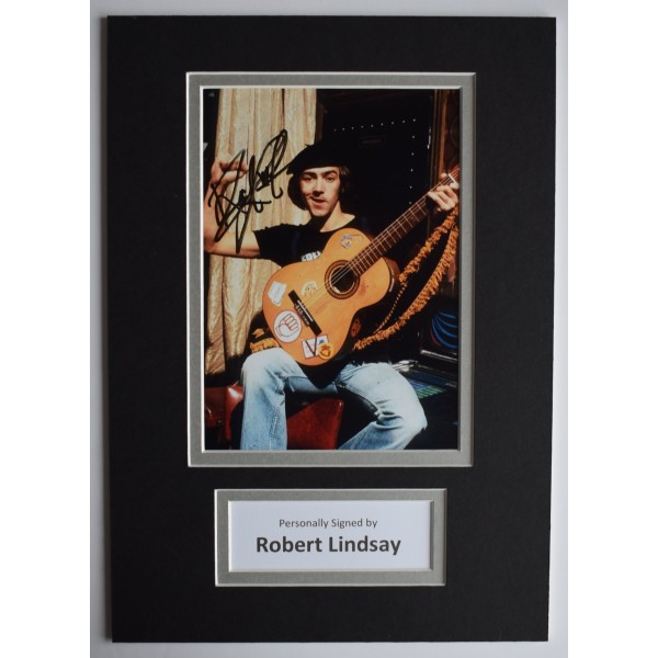Robert Lindsay Signed Autograph A4 photo display Citizen Smith AFTAL TV COA Perfect Gift Memorabilia