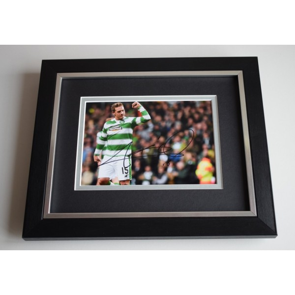 Kris Commons SIGNED 10X8 FRAMED Photo Autograph Display Celtic Football  AFTAL & COA Memorabilia PERFECT GIFT