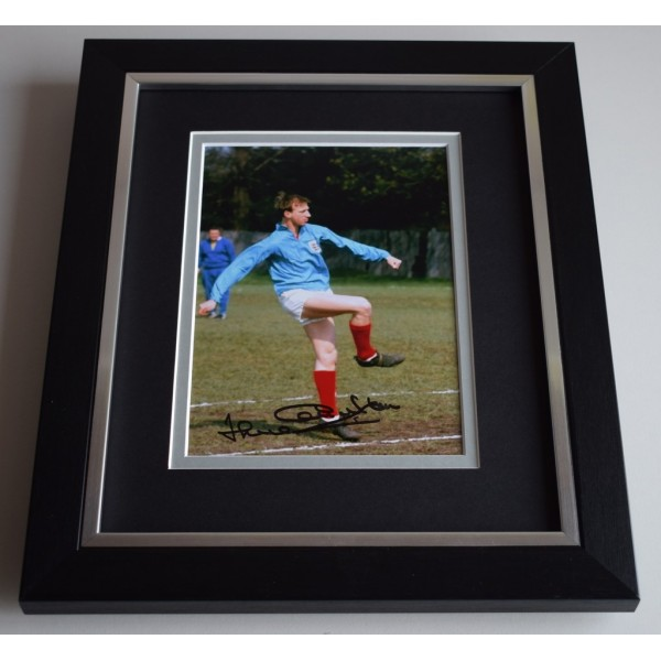 Jack Charlton SIGNED 10X8 FRAMED Photo Autograph Display Football England AFTAL & COA Memorabilia PERFECT GIFT