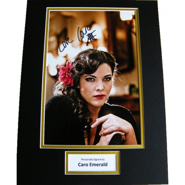 CARO EMERALD GENUINE HAND SIGNED AUTOGRAPH 16x12 PHOTO MOUNT SEXY SINGER & COA