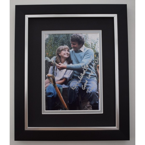 Richard Briers SIGNED 10X8 FRAMED Photo Autograph Display Good Life TV Memorabilia  AFTAL & COA perfect gift