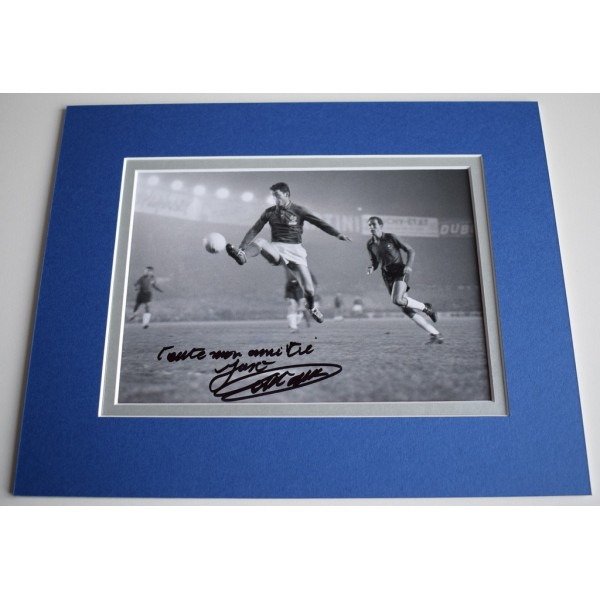 Just Fontaine Signed Autograph 10x8 photo mount display France Football  AFTAL & COA Memorabilia PERFECT GIFT