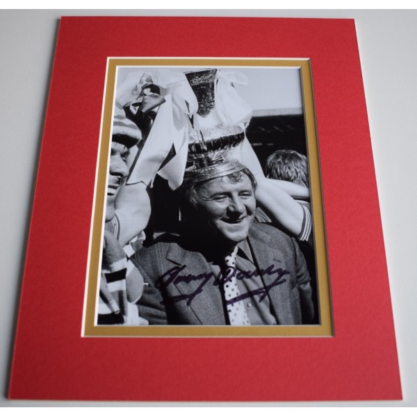 Tommy Docherty Signed Autograph 10x8 photo mount display Manchester United AFTAL & COA Memorabilia PERFECT GIFT