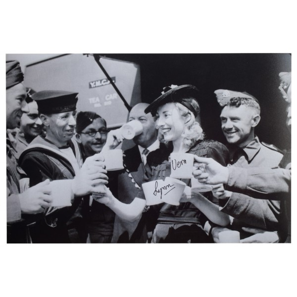 Vera Lynn SIGNED 12x8 Photo Autograph World War 2 Forces Music  AFTAL  COA Memorabilia PERFECT GIFT