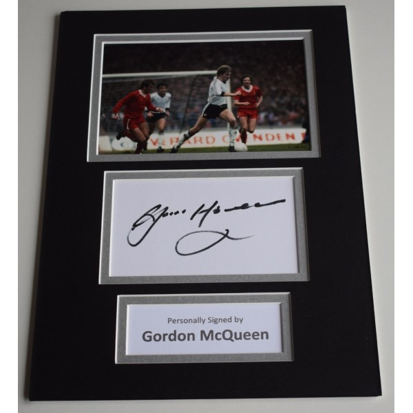 Gordon McQueen Signed Autograph A4 photo mount display Manchester United AFTAL & COA Memorabilia PERFECT GIFT