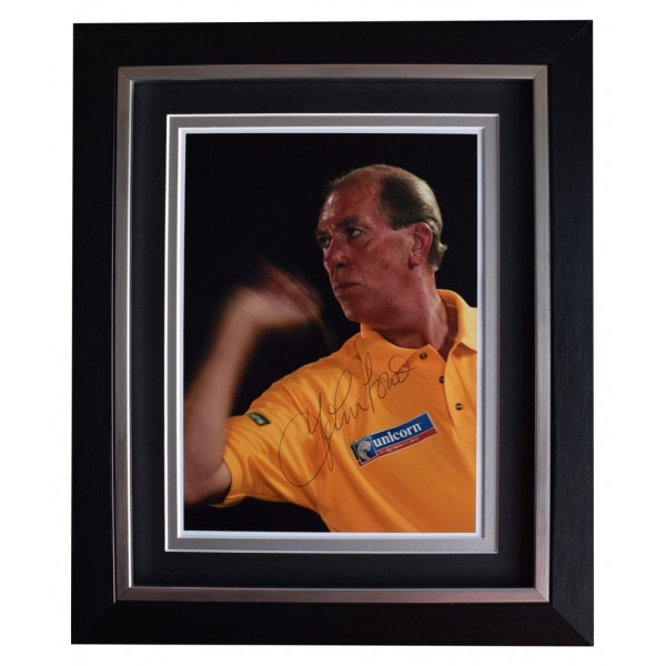 John Lowe SIGNED 10x8 FRAMED Photo Autograph Display Darts Sport  AFTAL  COA Memorabilia PERFECT GIFT