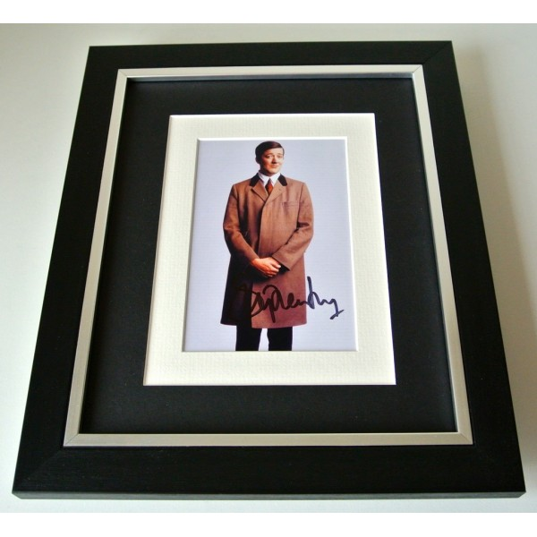 Stephen Fry SIGNED 10X8 FRAMED Photo Autograph Display TV Jeeves & Wooster COA