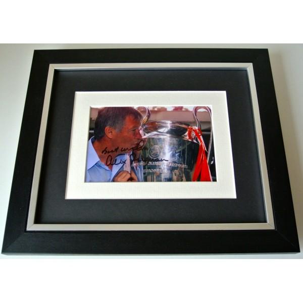 Alex Ferguson SIGNED 10X8 FRAMED Photo Autograph Display Manchester United COA