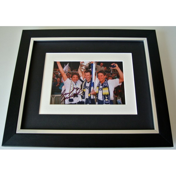 Gary Mabbutt SIGNED 10X8 FRAMED Photo Autograph Display Tottenham Hotspur COA Perfect Gift
