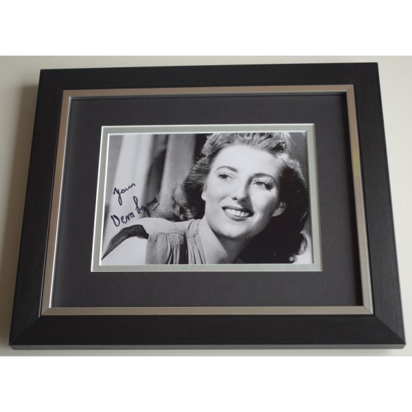 Vera Lynn SIGNED 10X8 FRAMED Photo Autograph Display WW2 Forces Music   AFTAL & COA Memorabilia PERFECT GIFT