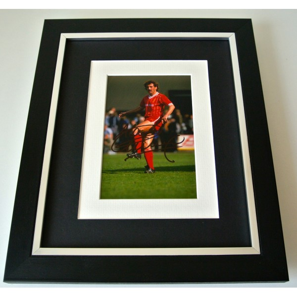 Alan Kennedy SIGNED 10X8 FRAMED Photo Mount Autograph Display Liverpool & COA Perfect Gift