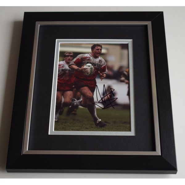 Denis Betts SIGNED 10X8 FRAMED Photo Autograph Display Wigan Rugby  AFTAL & COA Memorabilia PERFECT GIFT