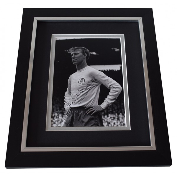 Jack Charlton SIGNED 10x8 FRAMED Photo Autograph Display Leeds Utd Football  AFTAL  COA Memorabilia PERFECT GIFT