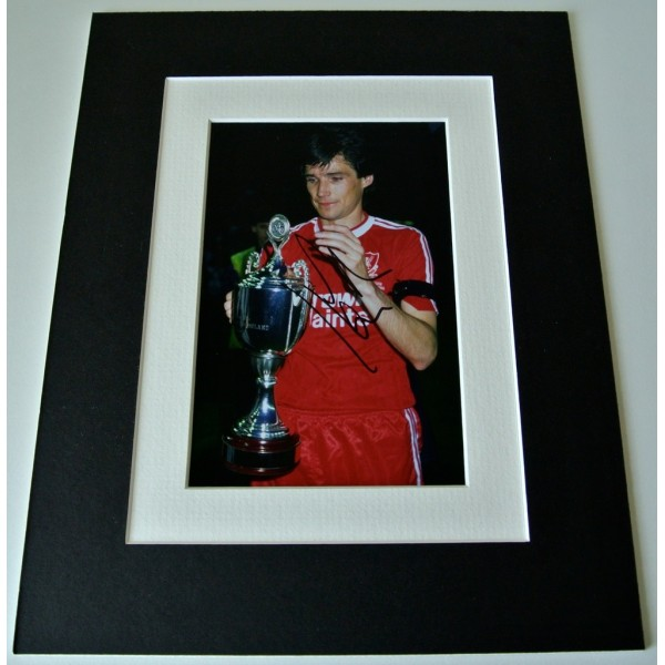Alan Hansen Signed Autograph 10x8 photo mount display Liverpool Football & COA