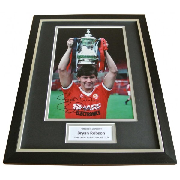 Bryan Robson Signed FRAMED Photo Autograph 16x12 Display Man Utd Football COA   PERFECT GIFT