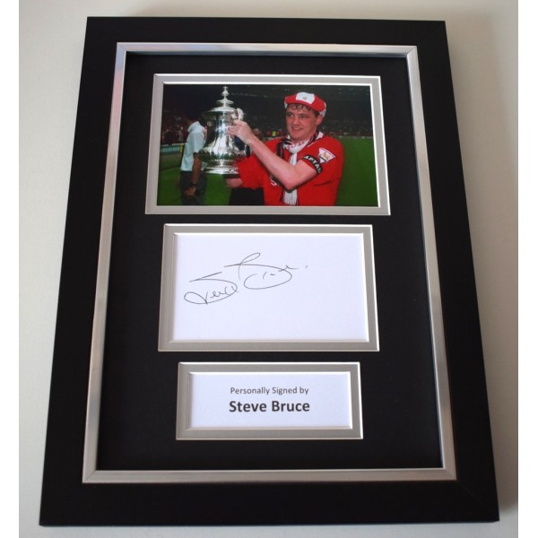 Steve Bruce Signed A4 FRAMED photo Autograph display Manchester United Football AFTAL & COA Memorabilia   perfect gift