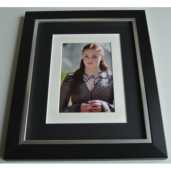 Sophie Turner SIGNED 10x8 FRAMED Photo Autograph Display TV Game of Thrones COA AFTAL Memorabilia PERFECT GIFT