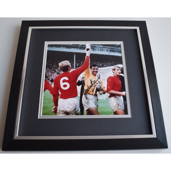 Gordon Banks SIGNED Framed LARGE Square Photo Autograph display AFTAL &  COA Memorabilia   perfect gift
