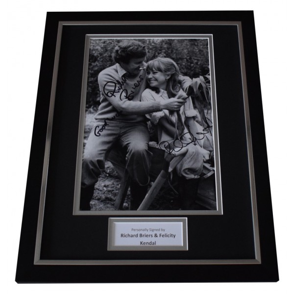 Richard Briers & Felicity Kendal Signed FRAMED Photo Autograph 16x12 display AFTAL  COA Memorabilia PERFECT GIFT