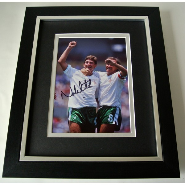 Norman Whiteside SIGNED 10X8 FRAMED Photo Autograph Display Ireland & COA  Perfect Gift