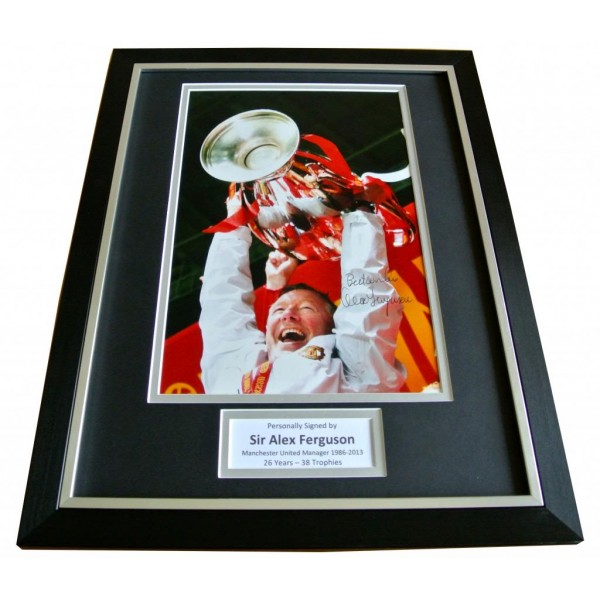 ALEX FERGUSON SIGNED & FRAMED AUTOGRAPH PHOTO MOUNT DISPLAY MANCHESTER UTD & COA