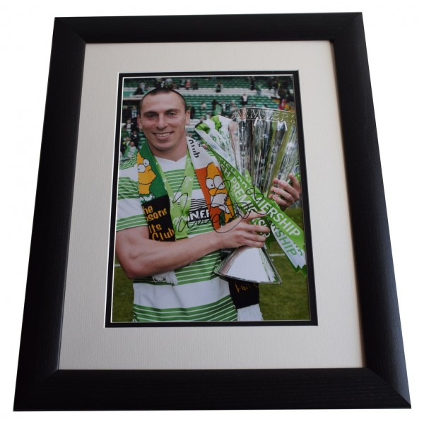 Scott Brown SIGNED FRAMED Photo Autograph 16x12 LARGE display Glasgow Celtic  AFTAL & COA Memorabilia PERFECT GIFT
