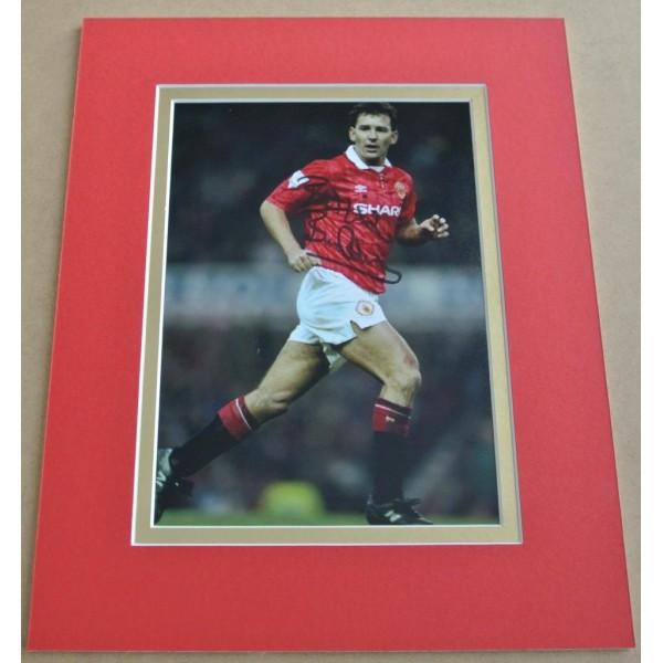 Bryan Robson SIGNED Autograph 10X8 Photo Display Manchester United Football  AFTAL & COA Memorabilia