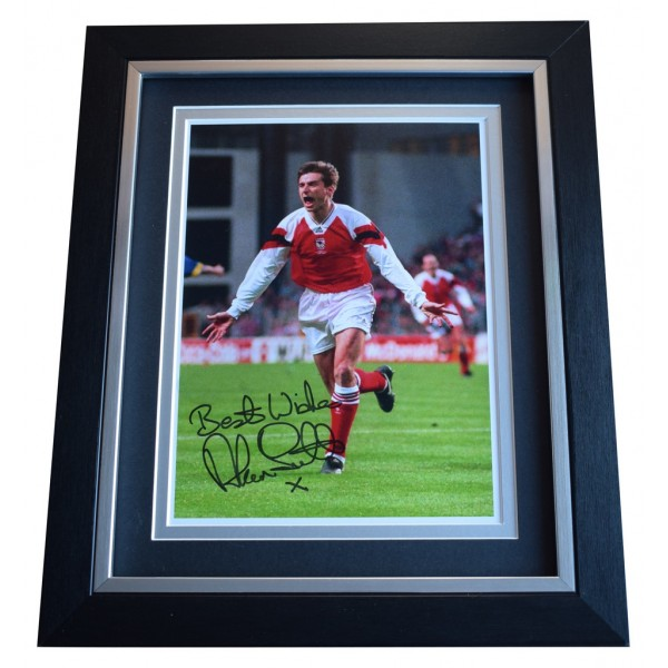Alan Smith SIGNED 10x8 FRAMED Photo Autograph Display Arsenal Football  AFTAL  COA Memorabilia PERFECT GIFT