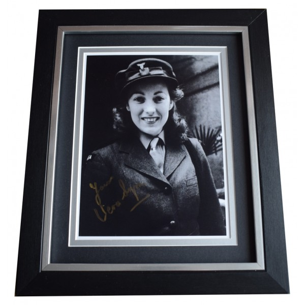 Vera Lynn SIGNED 10x8 FRAMED Photo Autograph Display World War 2 Music AFTAL  COA Memorabilia PERFECT GIFT