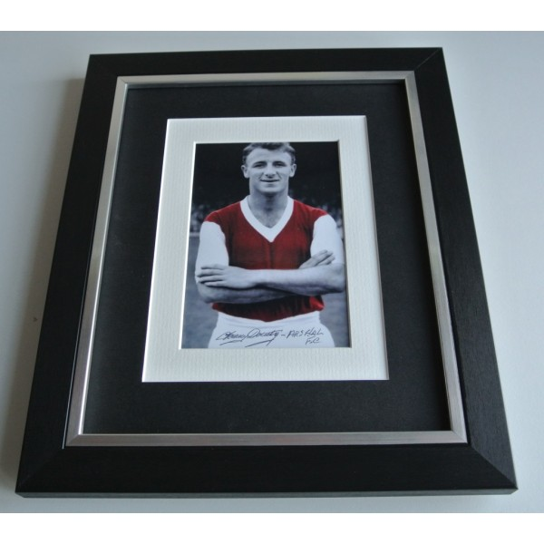 Tommy Docherty SIGNED 10x8 FRAMED Photo Autograph Display Arsenal Football COA & AFTAL Memorabilia PERFECT GIFT