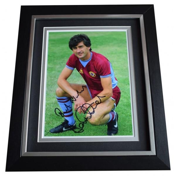 Dennis Mortimer SIGNED 10x8 FRAMED Photo Autograph Display Aston Villa  AFTAL  COA Memorabilia PERFECT GIFT