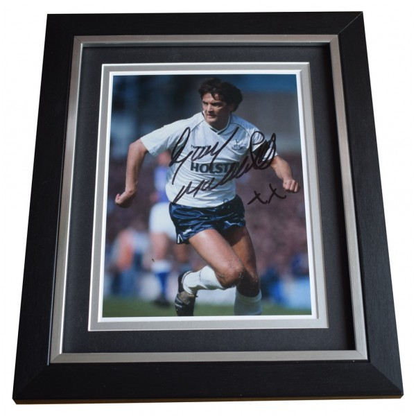 Gary Mabbutt SIGNED 10x8 FRAMED Photo Autograph Display Tottenham Hotspur AFTAL  COA Memorabilia PERFECT GIFT