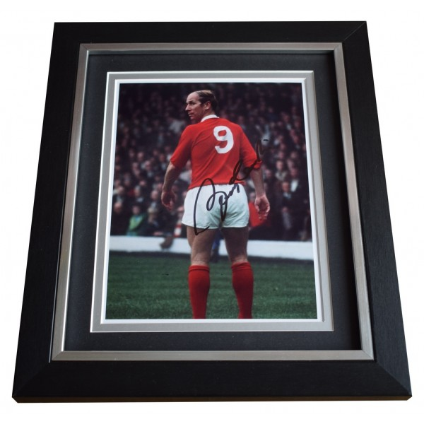 Bobby Charlton SIGNED 10x8 FRAMED Photo Autograph Display Manchester United  AFTAL  COA Memorabilia PERFECT GIFT