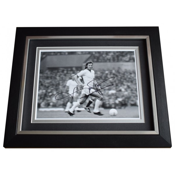 Frank Worthington SIGNED 10x8 FRAMED Photo Autograph Display Leicester City  AFTAL  COA Memorabilia PERFECT GIFT