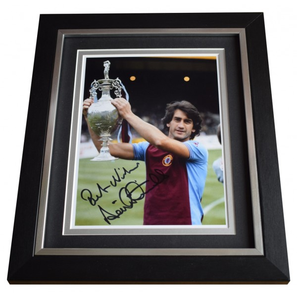 Dennis Mortimer SIGNED 10x8 FRAMED Photo Autograph Display Aston Villa AFTAL  COA Memorabilia PERFECT GIFT