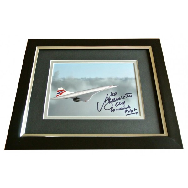 Mike Bannister SIGNED 10x8 FRAMED Photo Autograph Display Concorde Pilot & COA PERFECT GIFT