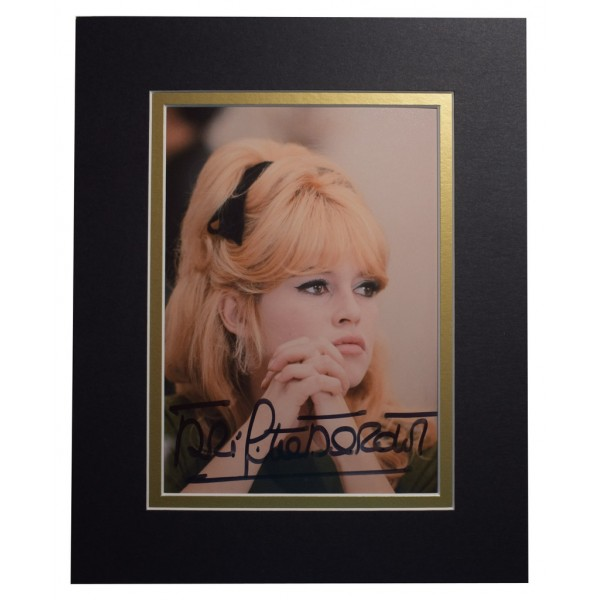 Brigitte Bardot Signed Autograph 10x8 photo display Hollywood Film Model AFTAL  COA Memorabilia PERFECT GIFT