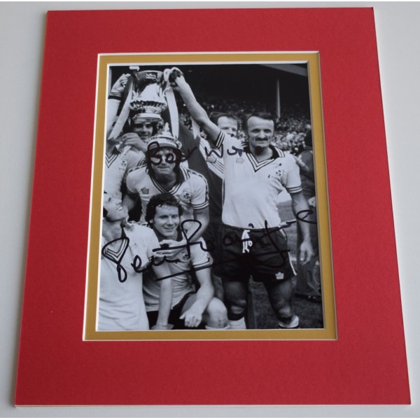Peter Rodrigues Signed Autograph 10x8 photo display Southampton Football & COA AFTAL MEMORABILIA