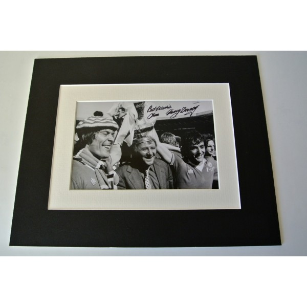 Tommy Docherty Signed Autograph 10x8 photo display Manchester United PROOF & COA